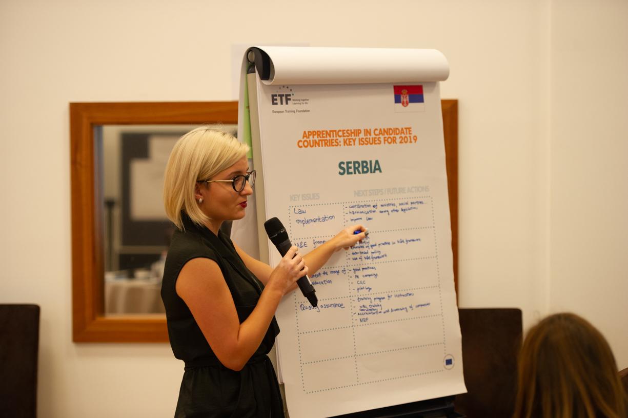 Të nxënit dual kërkon dy palë: seminari i EAfA-s në Tiranë thekson rëndësinë e bashkëpunimit të fortë midis shkollave dhe bizneseve