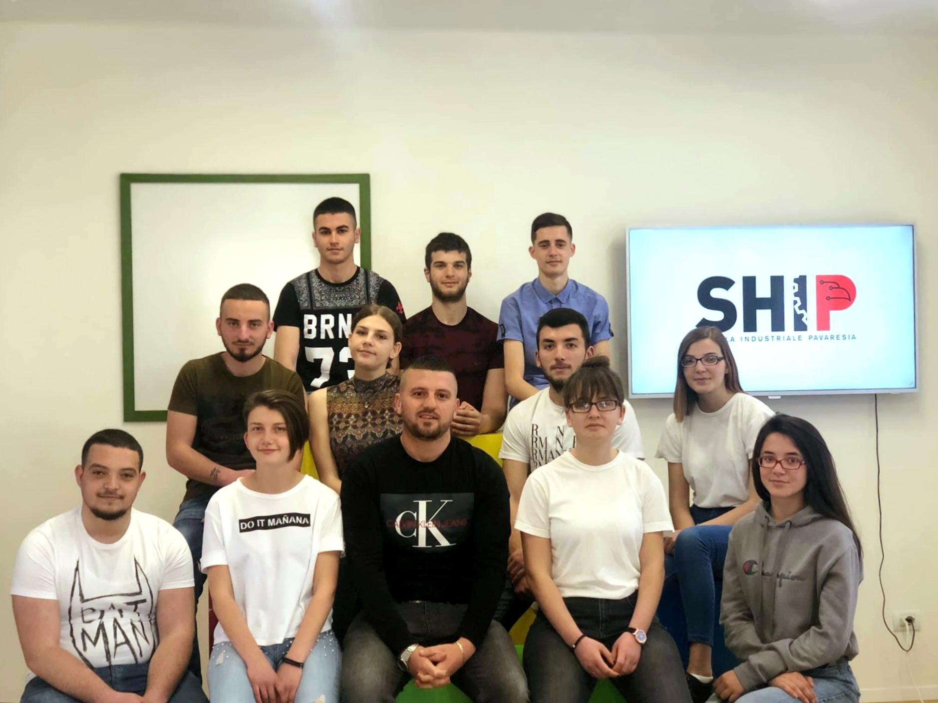 SHIP_ekipi i marketingut 5