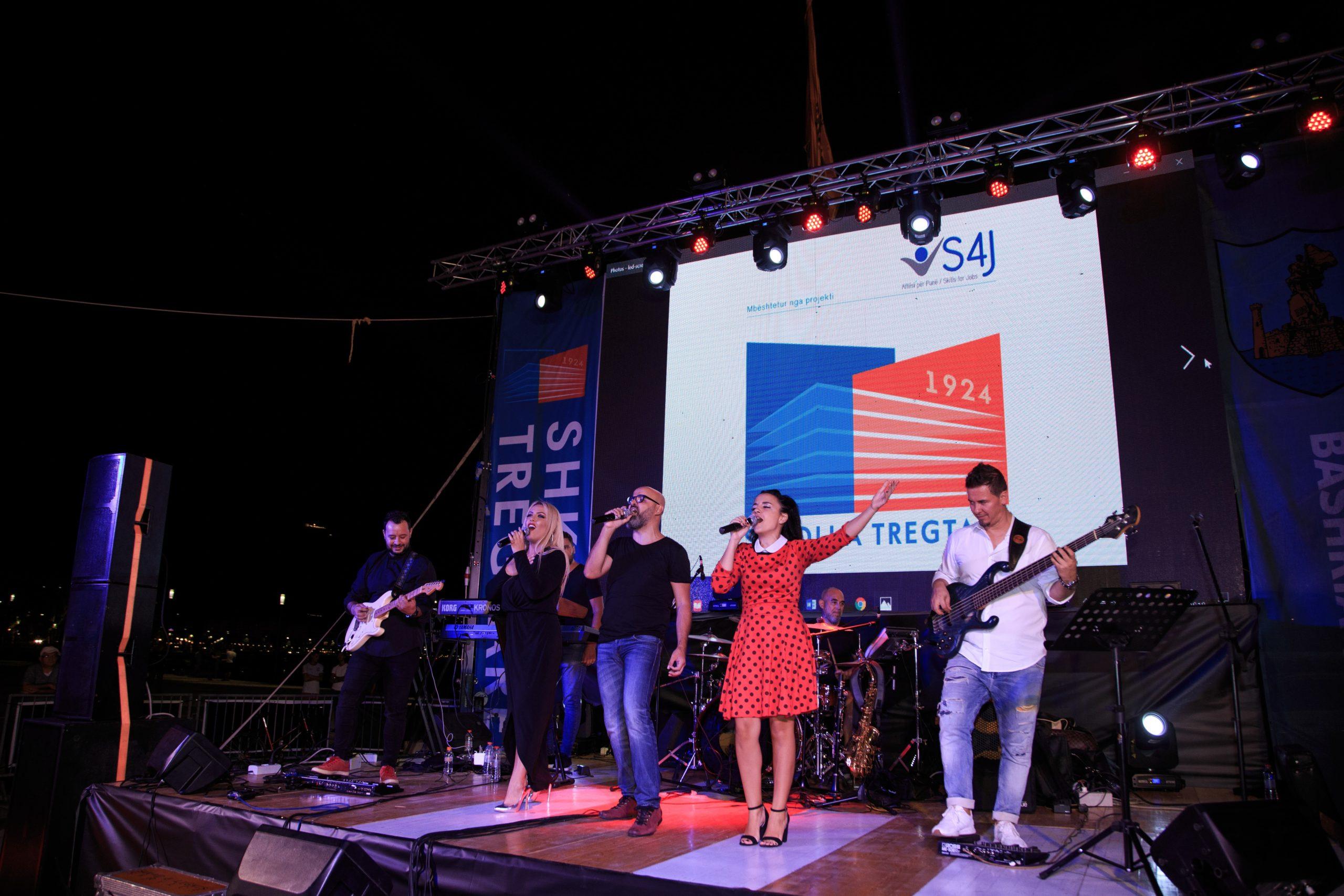 Shkolla 'Tregtare' bashkëpunon me bashkinë e Vlorës për të promovuar turizmin