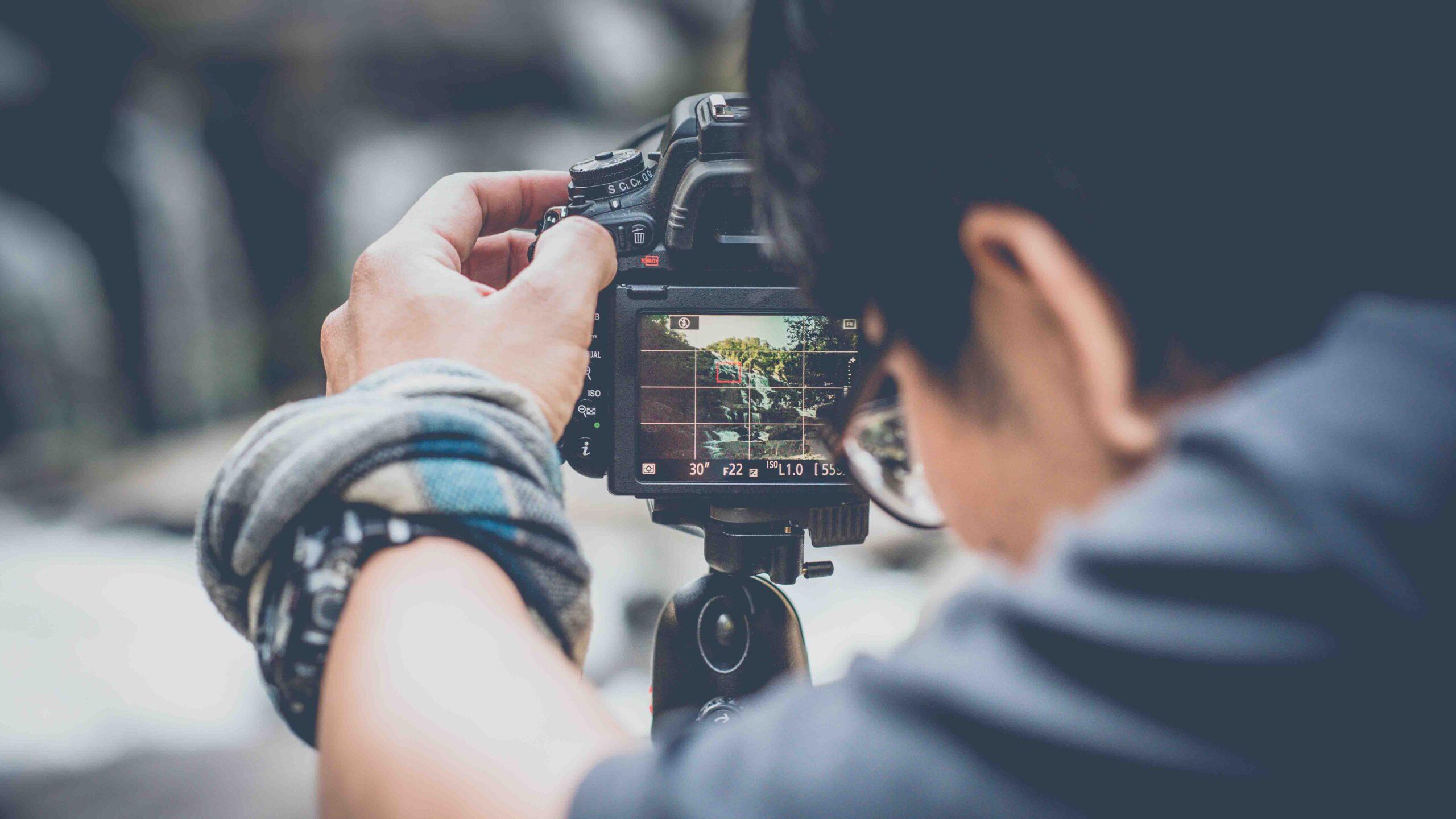 Ke pasion fotografinë? Bëhu kreativ, fito dhe puno me ne!